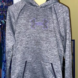 Very comfortable and super warm UnderArmour hoodie